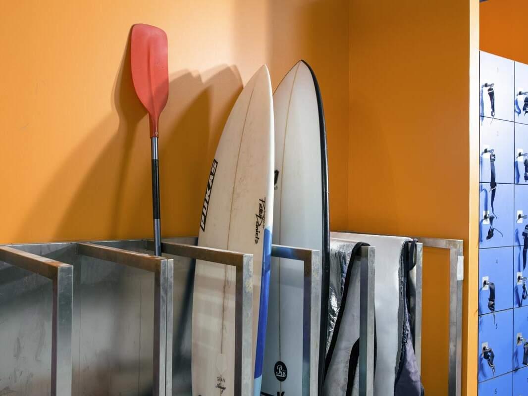 Surf taula gordelekua